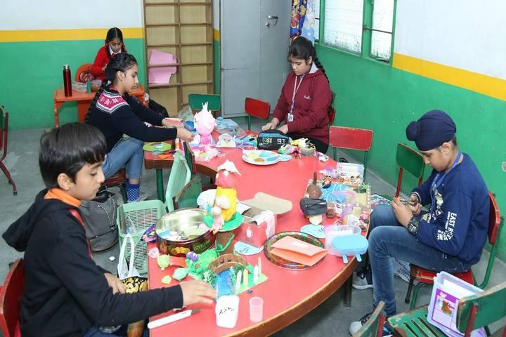 HVM Convent School-Art and Craft