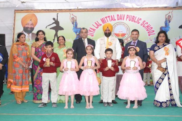 Jiya Lal Mittal DAV Public School-Achievement