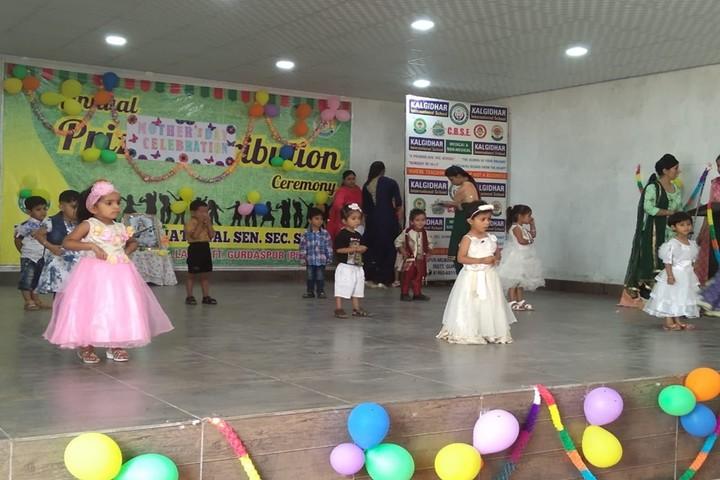 Kalgidhar International School-Dance