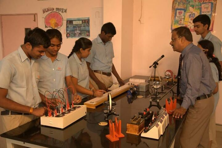 Ameya World School-Physics Laboratory