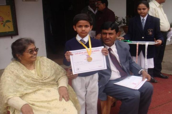 Infant Jesus School-Prize Distribution