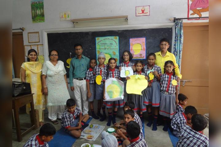Celebrating Mango Day in the School