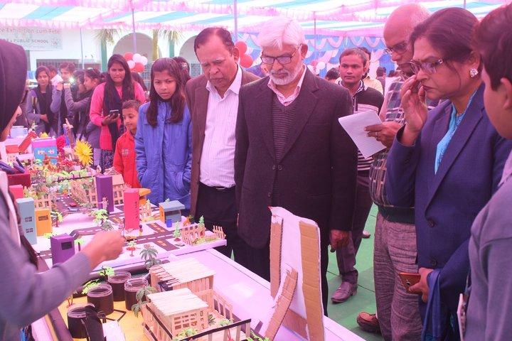 Iqra Public School-Science Exhibition
