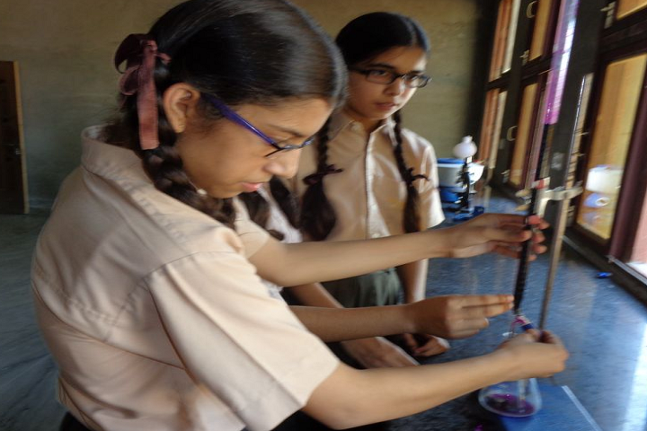 Keshav Public Senior Secondary School-Science-Lab