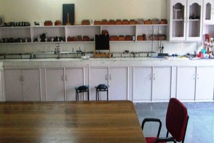 Khalsa College International Public School-Physics Lab