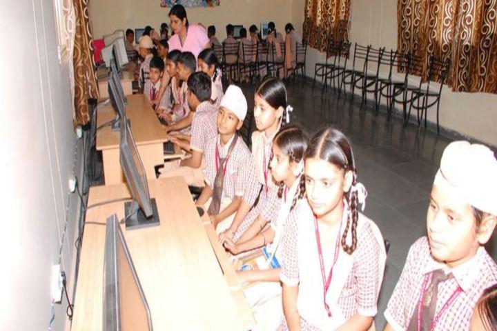 Khalsa College Public School-Computer Lab