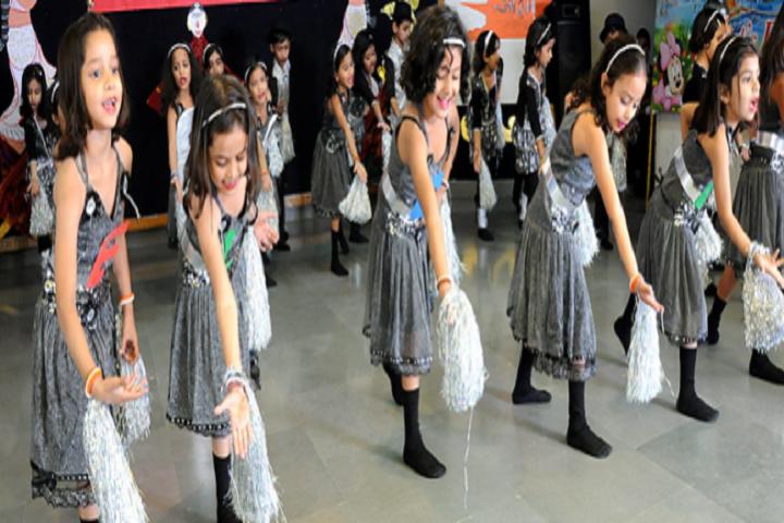 L R S DAV Senior Secondary Model School-Dance