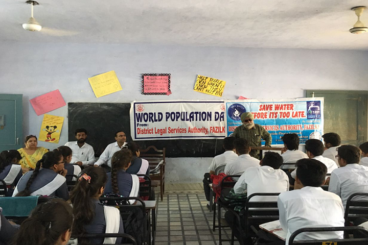 Lala Saran Dass Boota Ram Aggarwal Sarvhitkari Vidya Mandir-Classroom