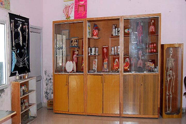 Late Ishar Das Gumber Dav Centenary Public School-Biology-Lab