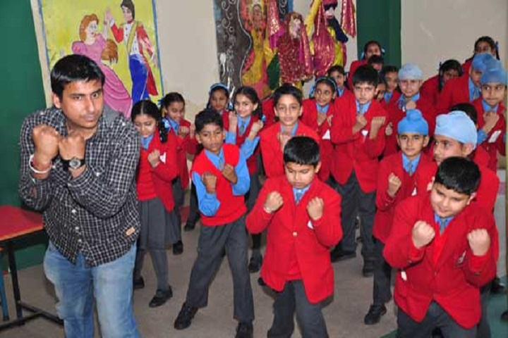 Lawrence Public Senior Secondary School-Dance-Room