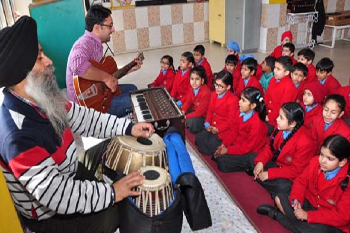 Lawrence Public Senior Secondary School-Music-Room
