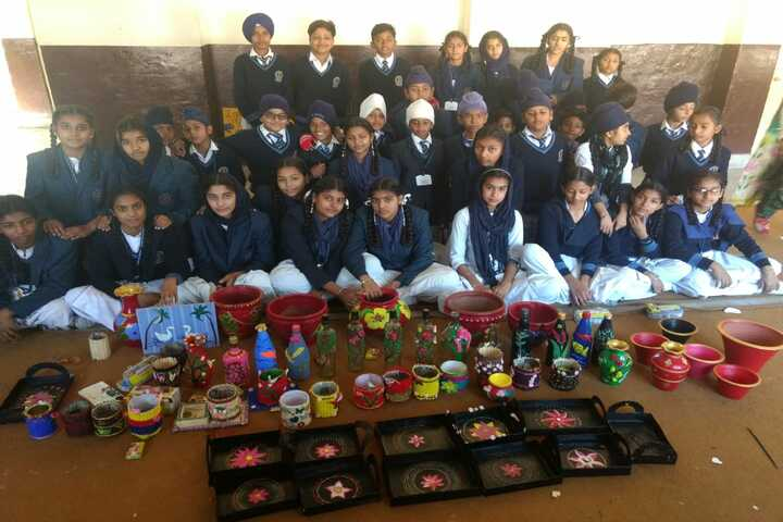 Maharaja Ranjit Singh Public Senior Secondary School-Art And Craft