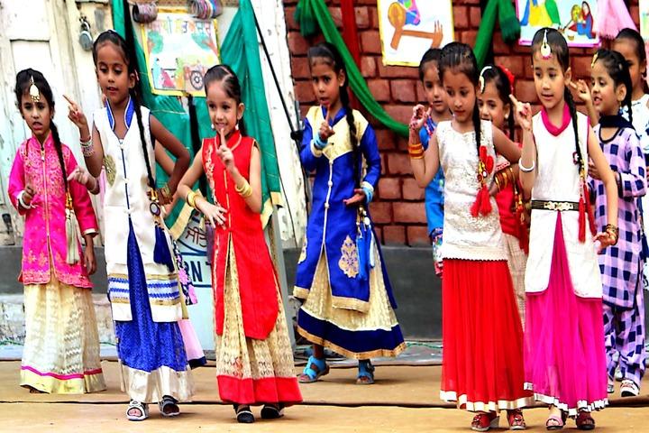 Maharaja Ranjit Singh Public Senior Secondary School-Dancing Activity