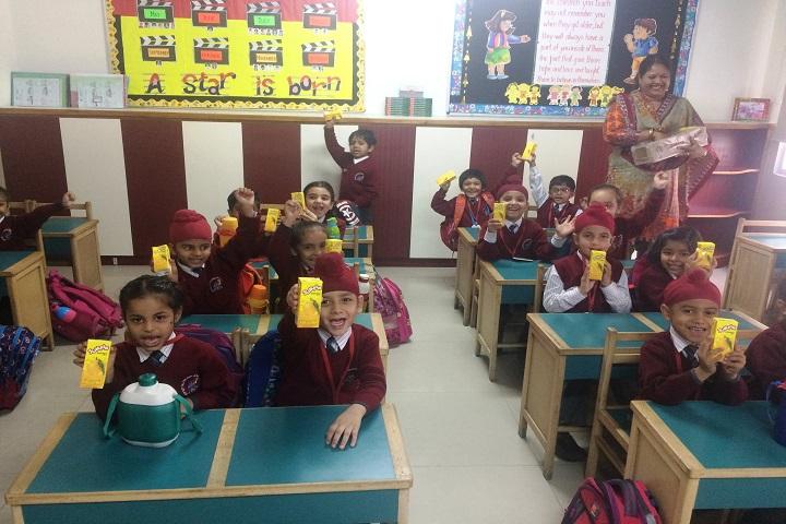 Manav Mangal Smart School-Childrens Day
