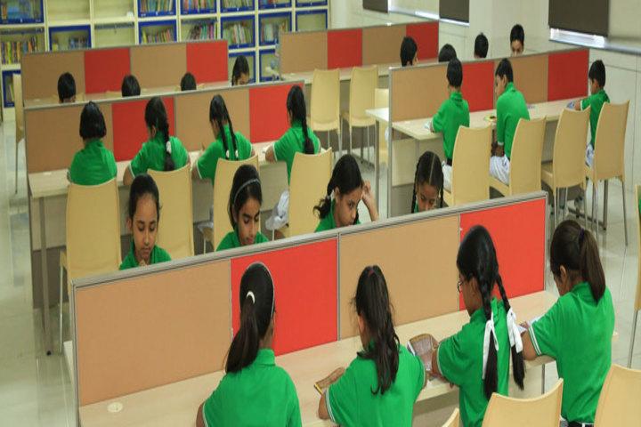Manav Mangal Smart World-Library