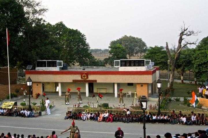 Manav Public School Amritsar-Flag Hosting