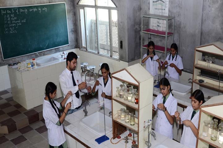 Mata Gujri Public School-Chemistry lab