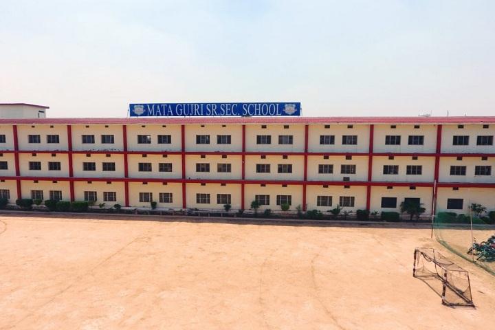Mata Gujri Senior Secondary School-Campus View front