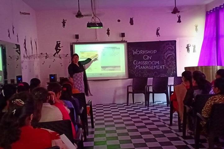 Mata Sahib Kaur Public School-Workshop AV class