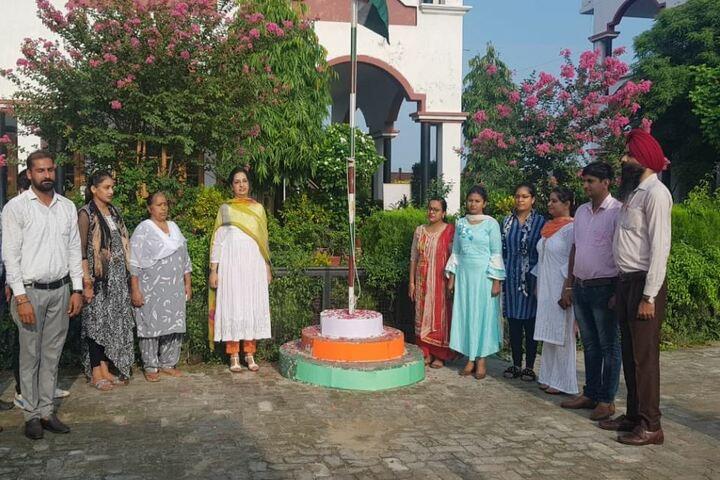 Maya Devi Goel Public School-Independence Day