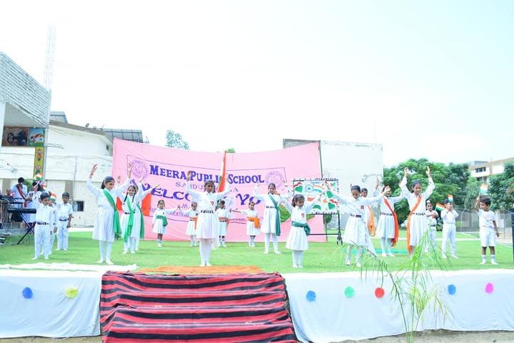 Meera Public School-Dance
