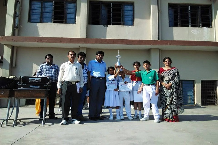 Mela Devi Kalra Arya School-Felicitation