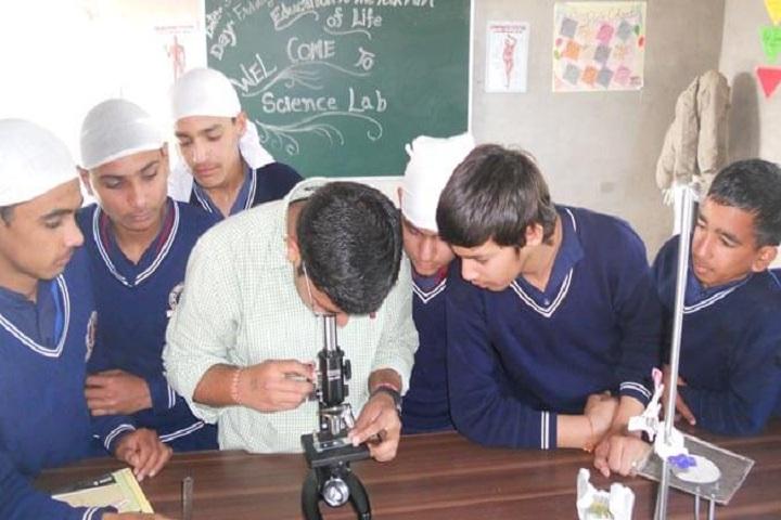 Miri Piri Khalsa Academy-Physics Lab