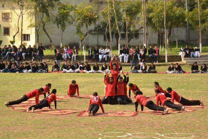 Modern High School-Yoga day