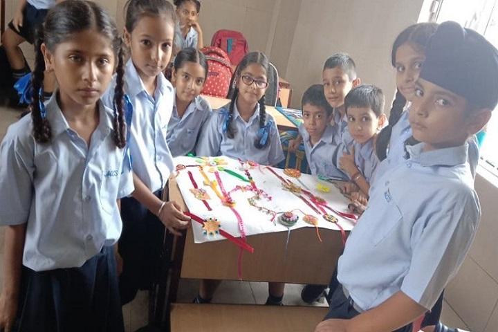 Montessori Cambridge School-Rakshabandhan
