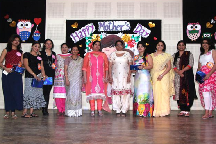 Montgomery Guru Nanak Public School-Mothers day