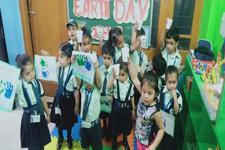 Mount Litera Zee School-Earth Day