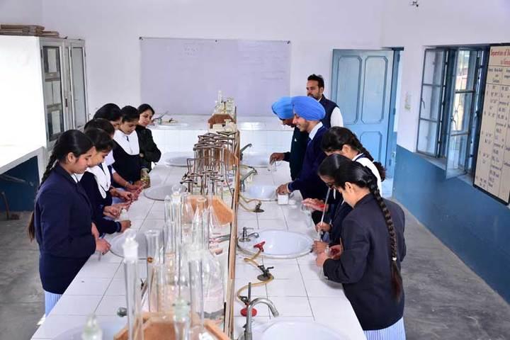 Nankana Sahib Senior Secondary School-Chemistry Lab