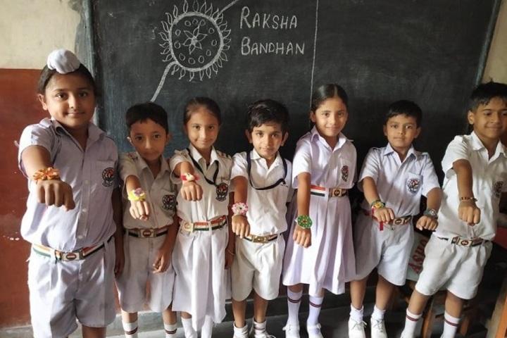 Netaji Model School-Rakhi Making Activity