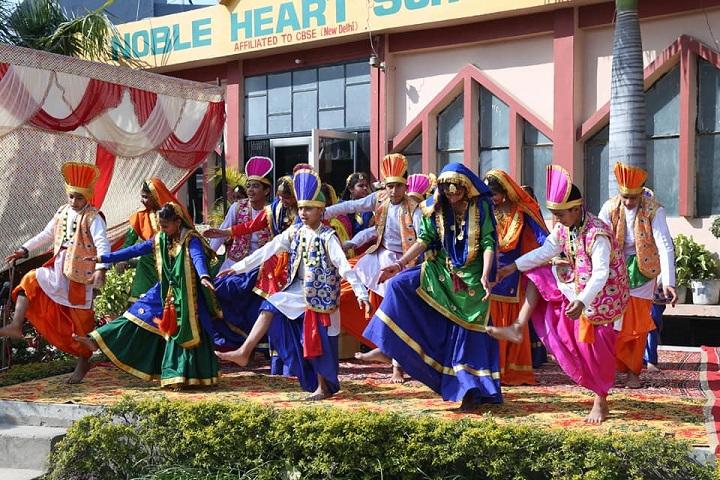Noble Heart School-Dance