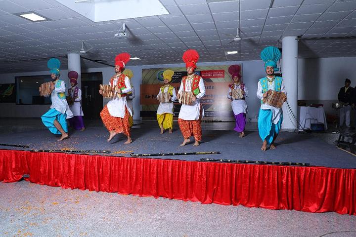 Om Parkash Bansal Modern School-Dance Performance