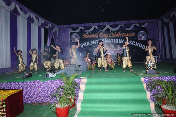Oxford International School-Dance Performance by Primary Section