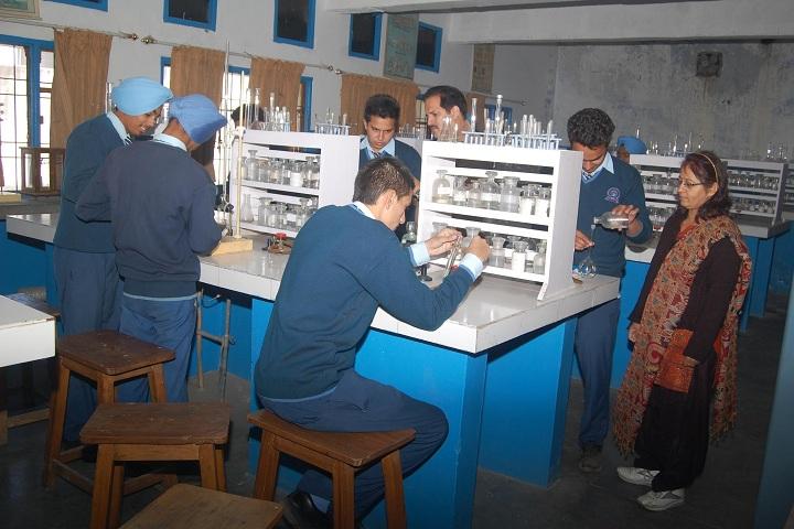 Paragon Senior Secondary School-Chemistry LAB
