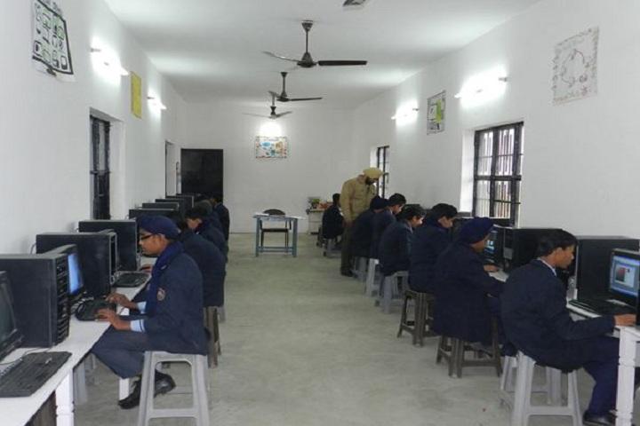 Raj Memorial School-Computer Lab