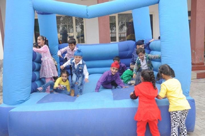 Rattan Dai Khosla Dav Model Senior Secondary School-Kids