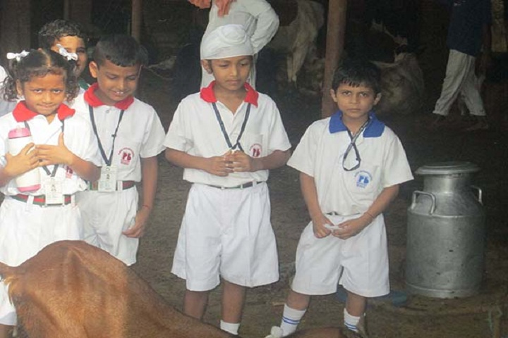 Rayat International School-Visit to Animal Form
