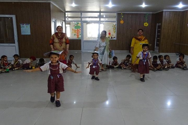 SDKL Dav Centenary Public School-Dance