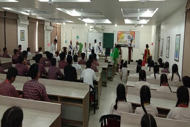 SDKL Dav Centenary Public School-Seminar