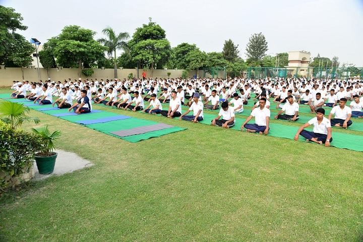 Saffron Public School-Yoga
