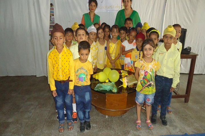 Saint Farid Convent School-Yellow Day