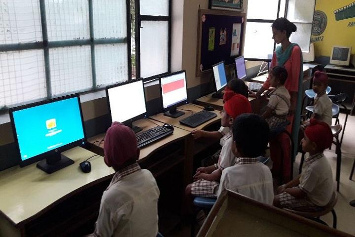 Saint Kabir Convent Day Boarding Senior Secondary School-Computer Lab