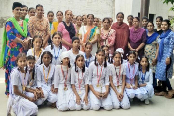 Sant Baba Bhag Singh Memorial Public High School-Group Photo
