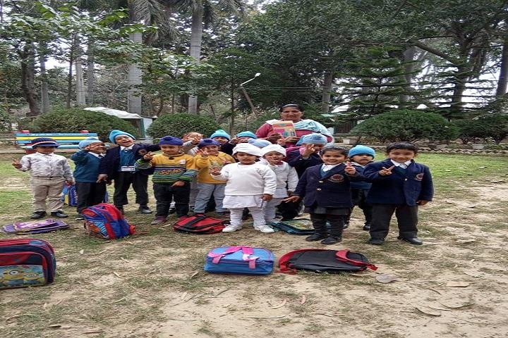 Sant Kirpal Singh Sewa Panthi Public School-picnic