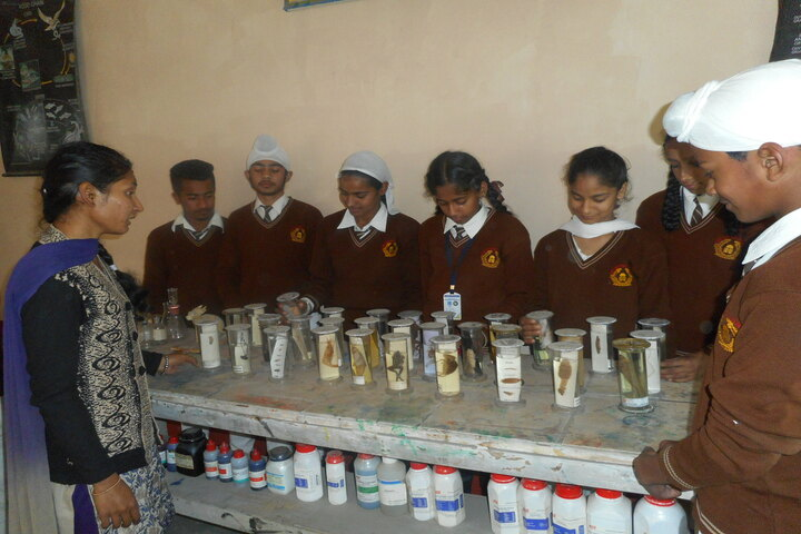 Sant Sar Public School-Biology Lab