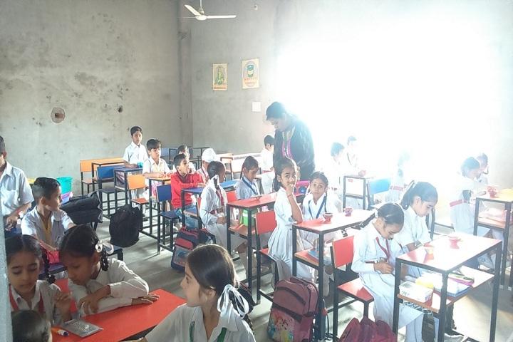 Sh Surender Kumar Gupta Saruhitkari Vidya Mandir-Classroom