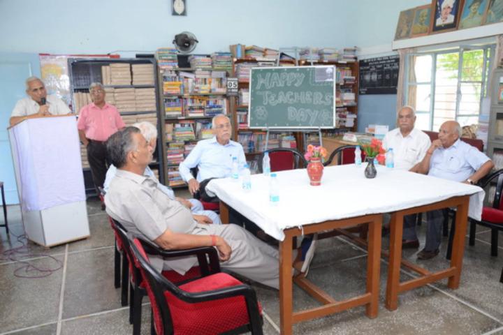 Shah Balwant Rai D A V Public School-Teachers Day